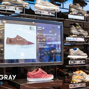 Stingray Affaires et Sports Experts récompensées aux Digital Signage Awards